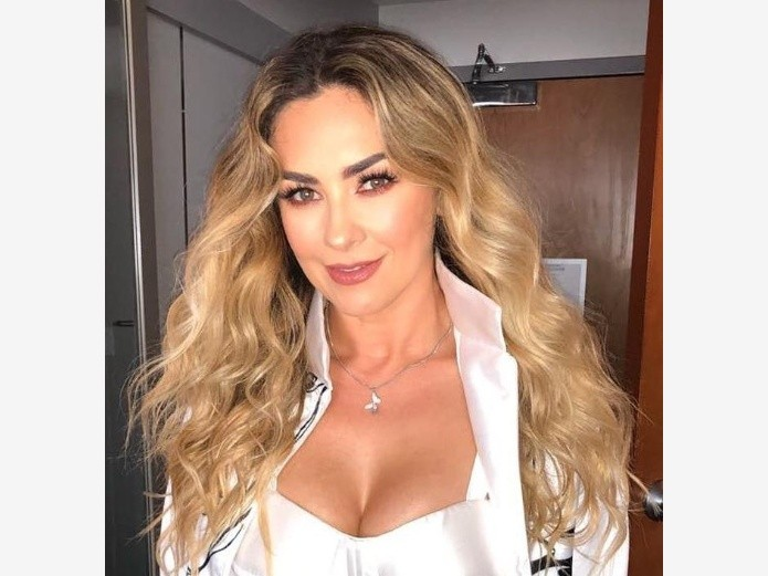 Aracely Arámbula: The new look of color and the color of the cables (Instagram)